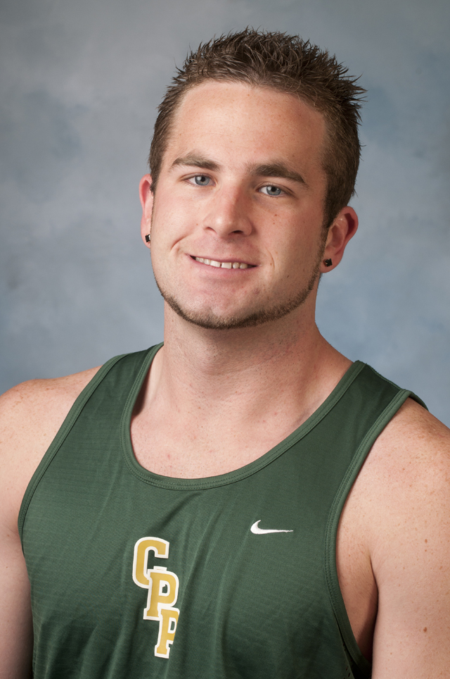 All-American Walkington Finishes 4th in Javelin