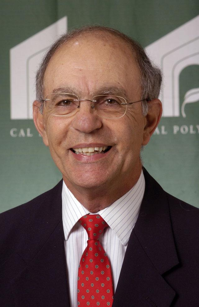 MHR Professor Named Pioneer Strategic Management Professional