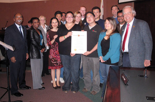 Covina Appreciates Rose Float Program