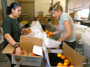 Mobile Food Pantry Delivers Cal Poly Pomona-Grown Produce