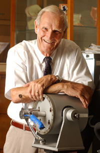 Professor William F. Girouard Named 2002 Hart Award Recipient