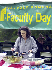 Faculty Invited to Celebrate Dedication to Teaching at Faculty Day Barbecue