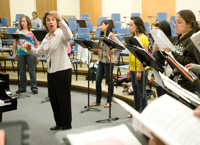 Professor Iris Levine works with the Cal Poly Pomona Chamber Singers on October 27, 2009.
