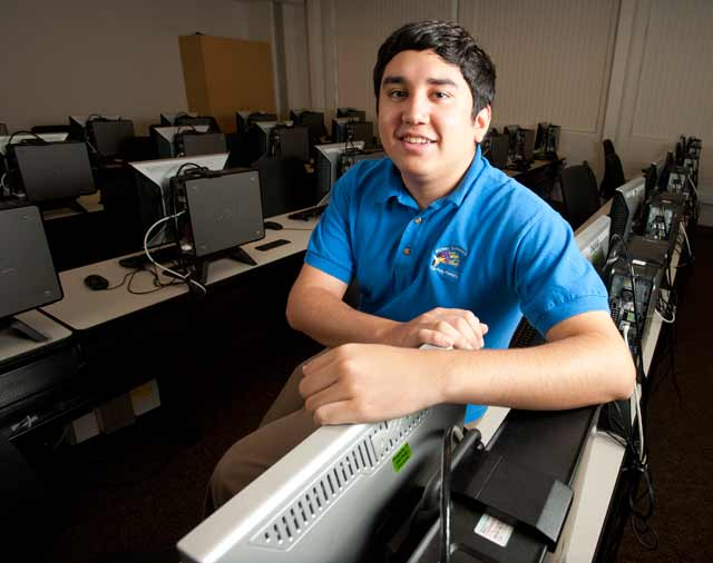 Alexander Gutierrez, senior, computer science