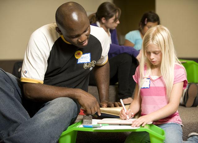 Bronco Volunteer Program Helps Students Give Back