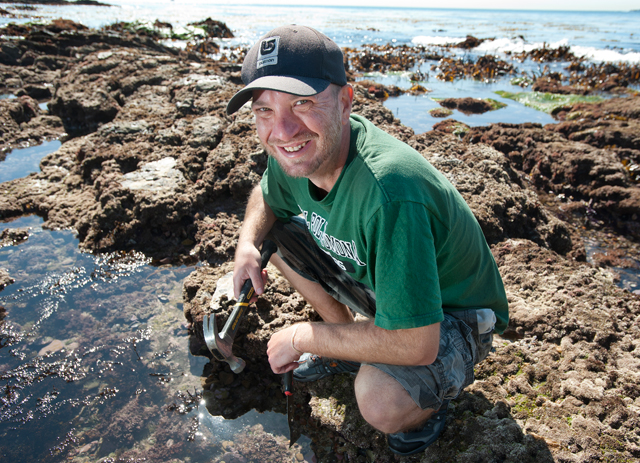 Biology Professor Jayson Smith researches the impact of invasive seaweed on the California coastline.