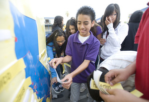 Pomona Students Get a College Tour Without Leaving Their Campus