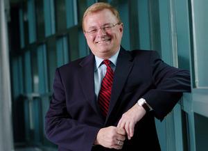 Straney Named Chancellor at U-Hawaii at Hilo