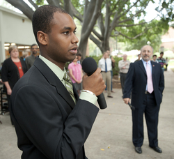 ASI President Ismael Souley speaks during Pizza with the Presidents on Oct. 14, 2010.