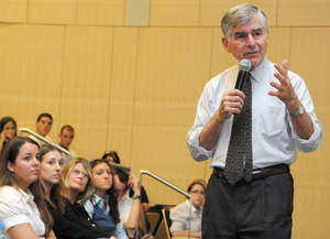 Former Presidential Candidate Michael Dukakis to Speak on Public Service