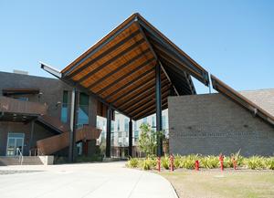 Alumnus Donates $500,000 to CBA Building Complex