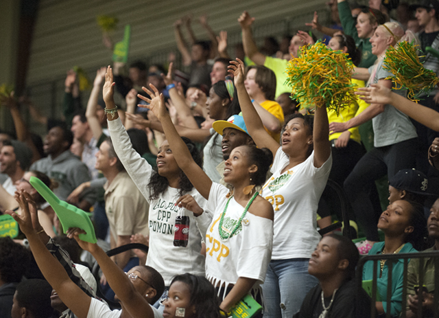 Shuttle to Take Students to Basketball Game