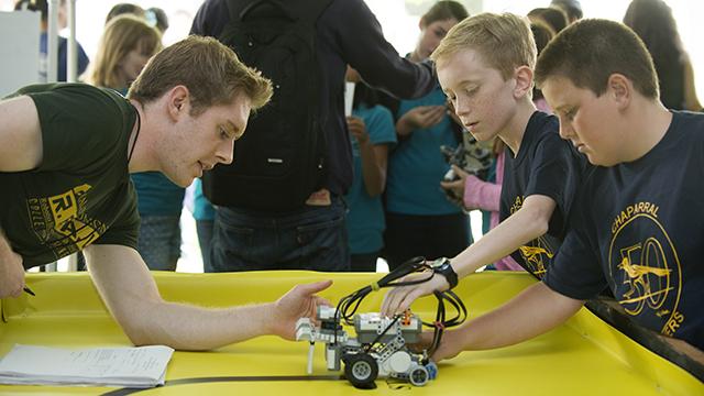 14 Robot Rally
