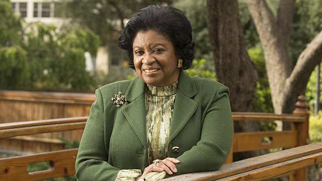 President Soraya M. Coley and five other female leaders at CSU campuses receive the Trailblazer Award from Leadership California.