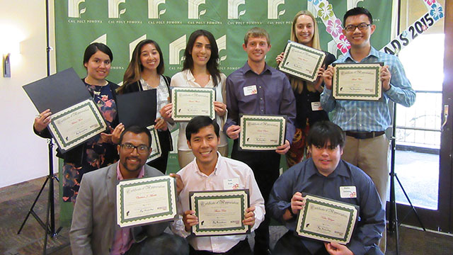 ARCHES Peer Mentors and Peer Tutors were recognized at an ARCHES Graduation Recognition Ceremony.