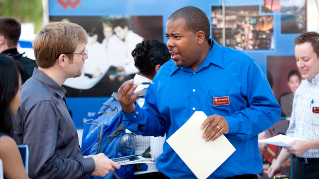 Career Fairs to Give Students a Chance to Meet Prospective Employers