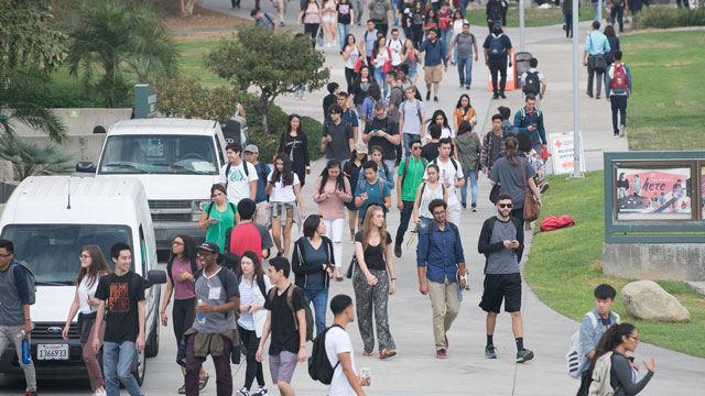Cal Poly Pomona students graduate with some of the lowest student loan debt in the country, according to a report by LendU.