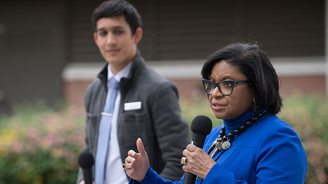 President Soraya Coley answers questions as ASI President Farris Hamza looks on during Pizza with the Presidents in the University Quad.