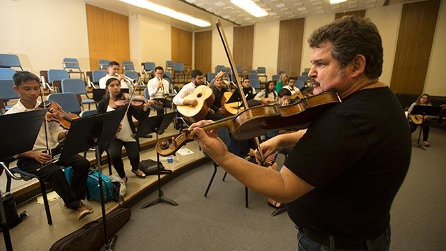 Jesús Guzmán works with Mariachi Los Broncos de Pomona