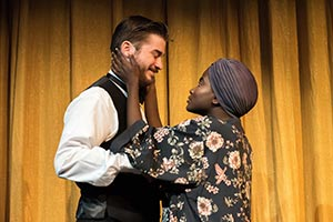 Scene from Private Lives, now playing through Oct. 7.
