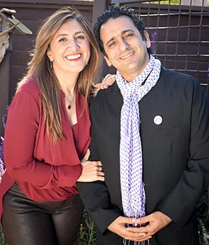 The Love Button Global Movement Integrative Research and Outreach Program, founded by Alumnus Dr. Habib Sadeghi ('91, microbiology) and his wife Dr. Sherry Sami, provided a $50,000 endowment to the College of Science to launch a student wellness lecture series.