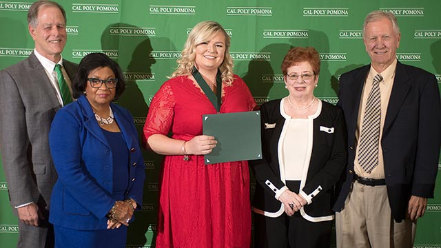 Ashley Keasey (center) received the 2018-19 President's Scholars award, which recognizes exceptional student achievement.