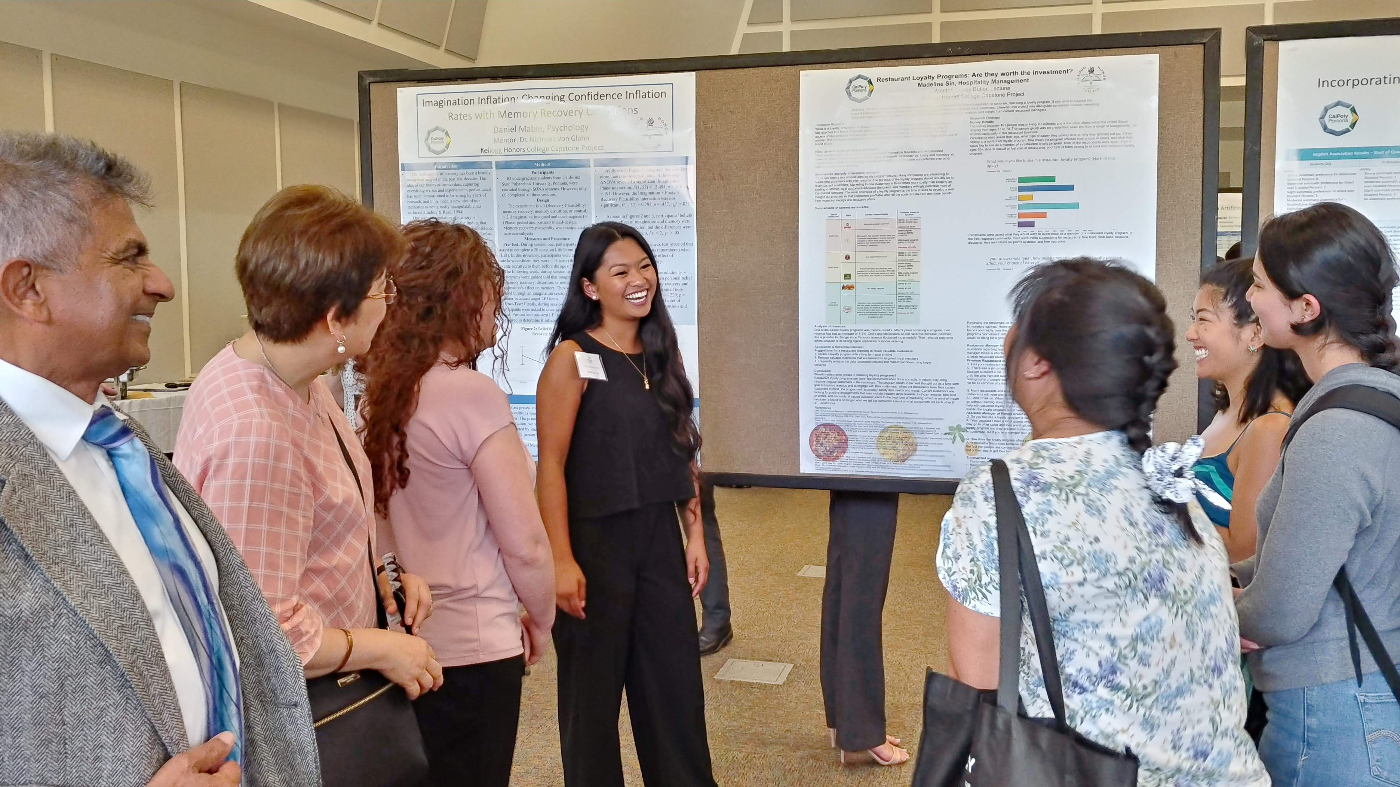 Kellogg Honors College students presenting their research at the 2019 Convocation.